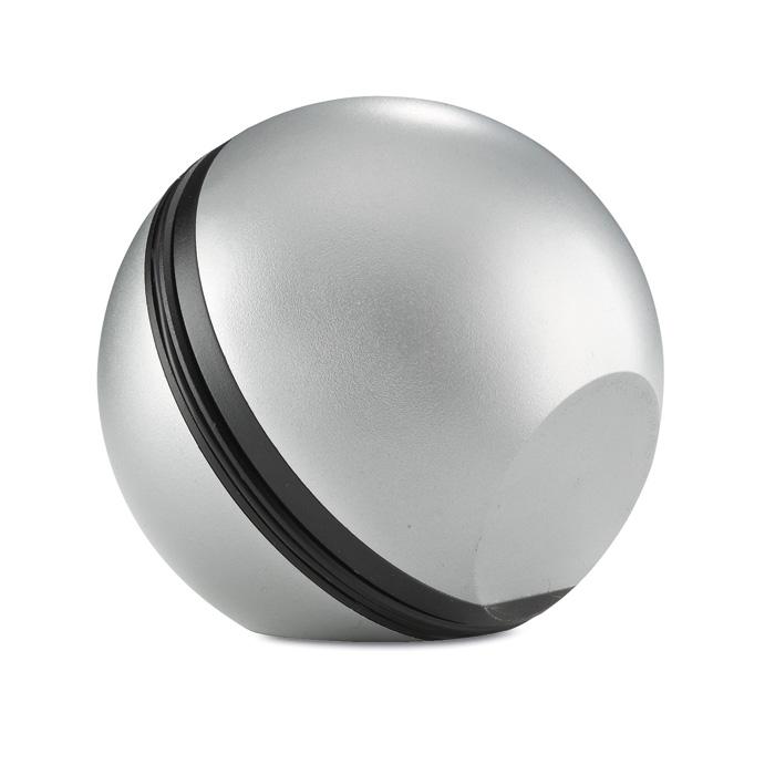 Reproduktor ve tvaru míče