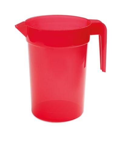 Červený plastový džbán