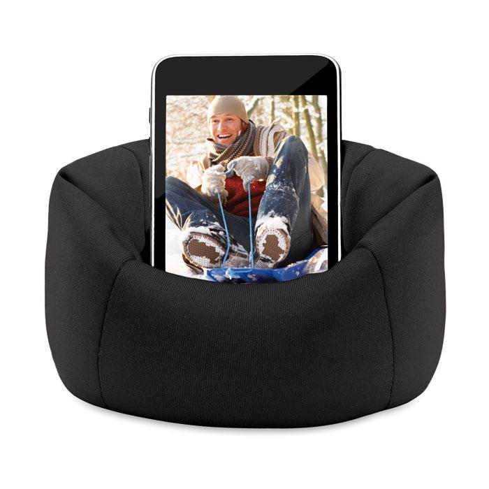 Černý držák mobilů