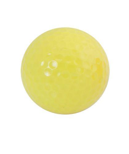 Nessa žlutý golfový míček