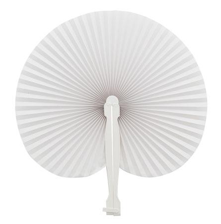 Bílý vějíř z plastu