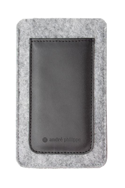 Černý plstěný obal na iPhone