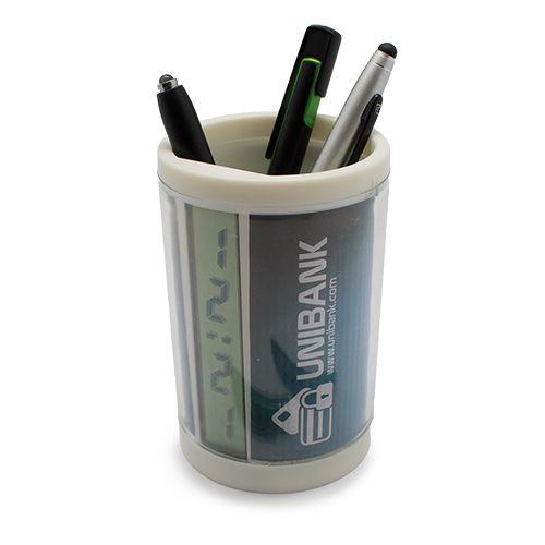 Stojan na tužky s hodinami