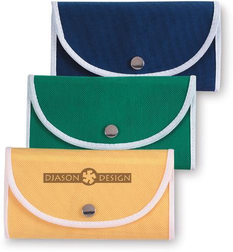 Modrá skládací nákupní taška s kovovou sponou