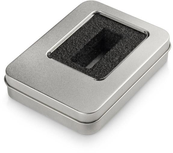 Velká kovová krabička s vložkou na menší flash disk