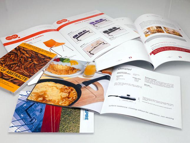 Katalogy, brožury